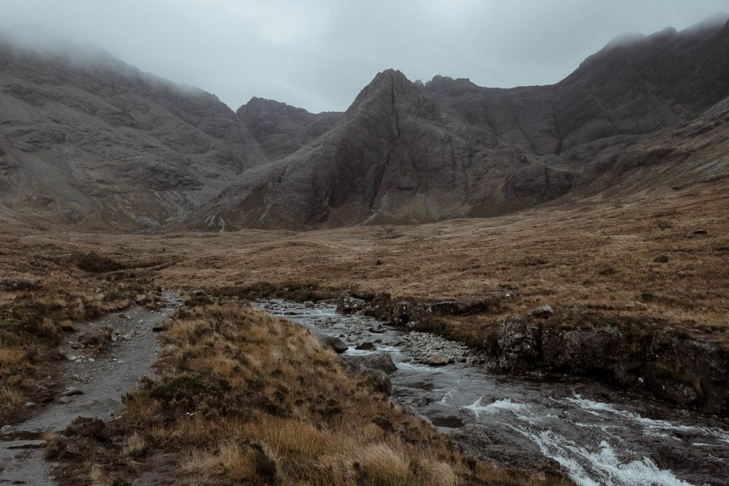fairy-pools-mountain-view-isle-of-skye-elopement